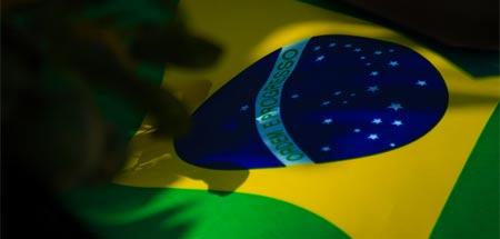 Recrutamento de Profissionais para trabalhar no Brasil