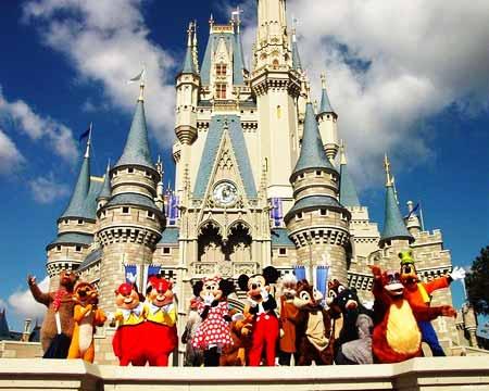 Disneyland Paris Recrutamento - Trabalhar no parque temático mais divertido da Europa
