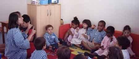 Recrutamento para Cuidar de Crianças
