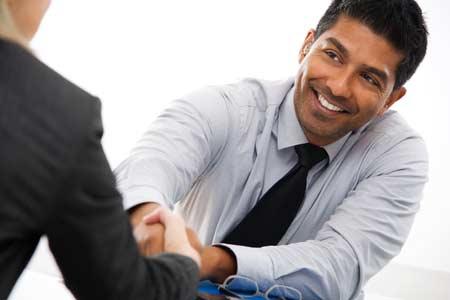 Recrutamento de Gestores Comerciais, Comerciais e Assistentes